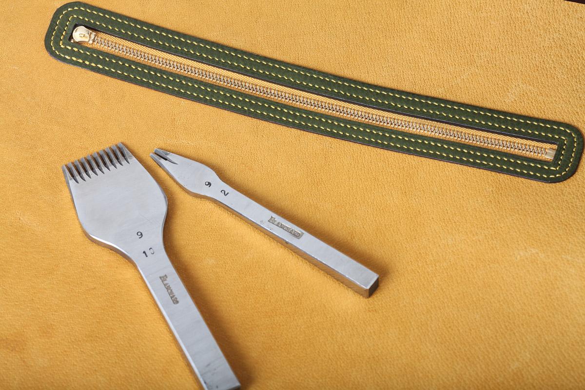 革細工の道具