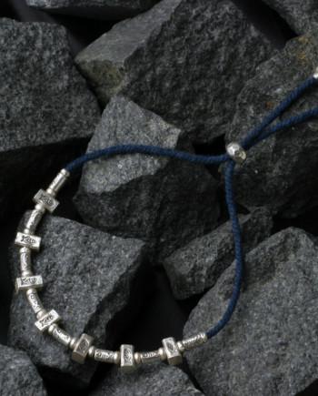 カレン族シルバーブレスレット/藍染め手紡ぎ木綿紐 #a04-26